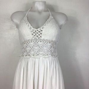 LILBETTER White Crochet Halter Maxi Dress Medium